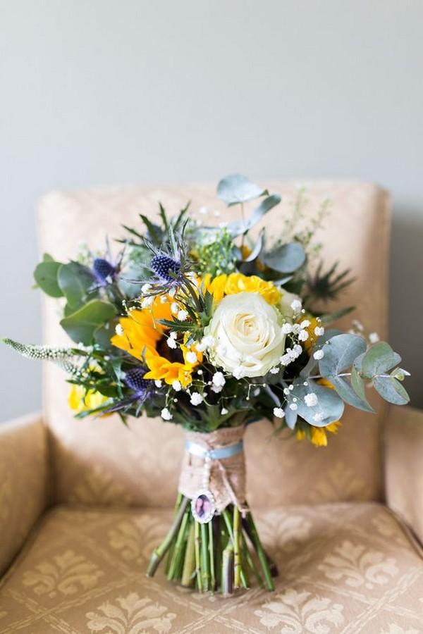 summer wedding bouquet ideas with sunflowrs