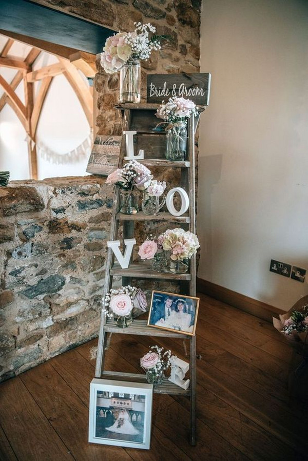 vintage country wedding photo display ideas