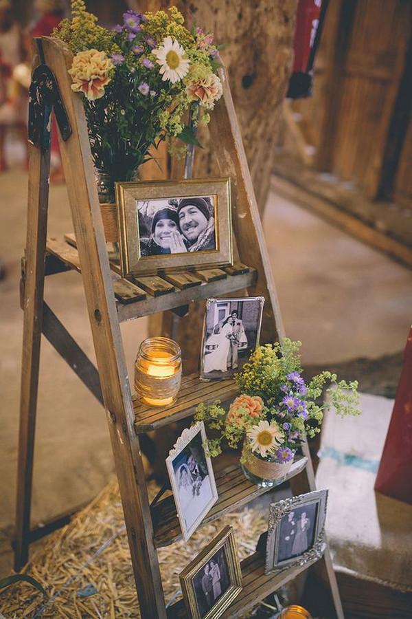 vintage wedding photo display ideas with ladder