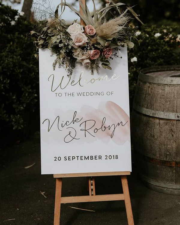 dusty rose and sage wedding welcome sign ideas