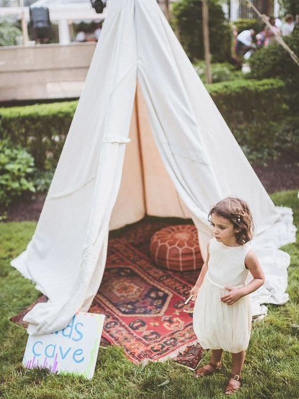 kids tent for outdoor wedding ideas