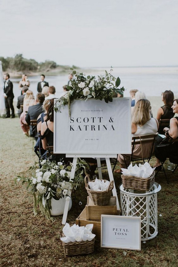 outdoor wedding welcome sign idesa