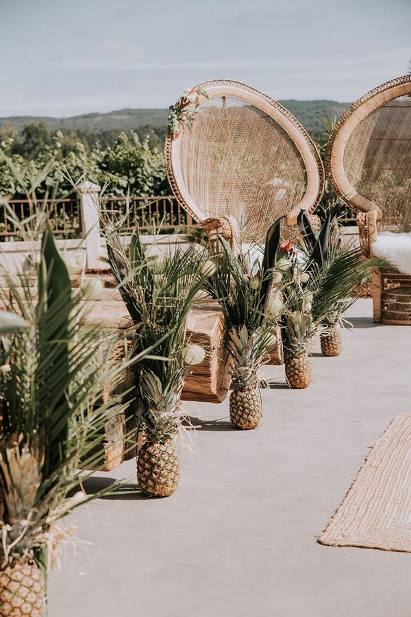 amazing tropical wedding aisle ideas with pineapples