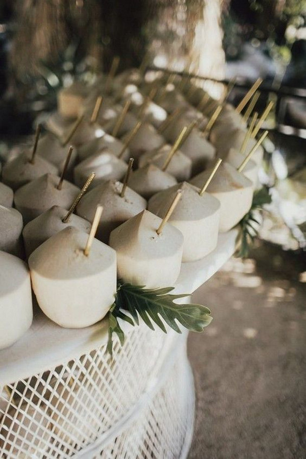 coconuts for tropical wedding ideas