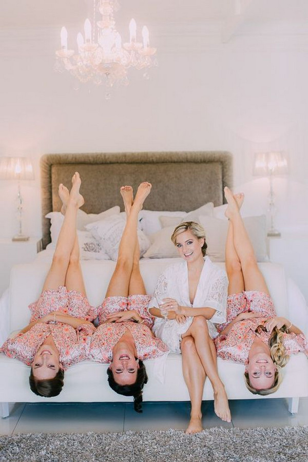 cute wedding photo ideas with bridesmaids