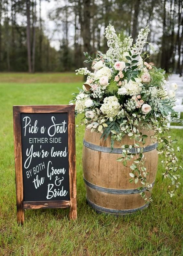 outdoor country wedding sign ideas
