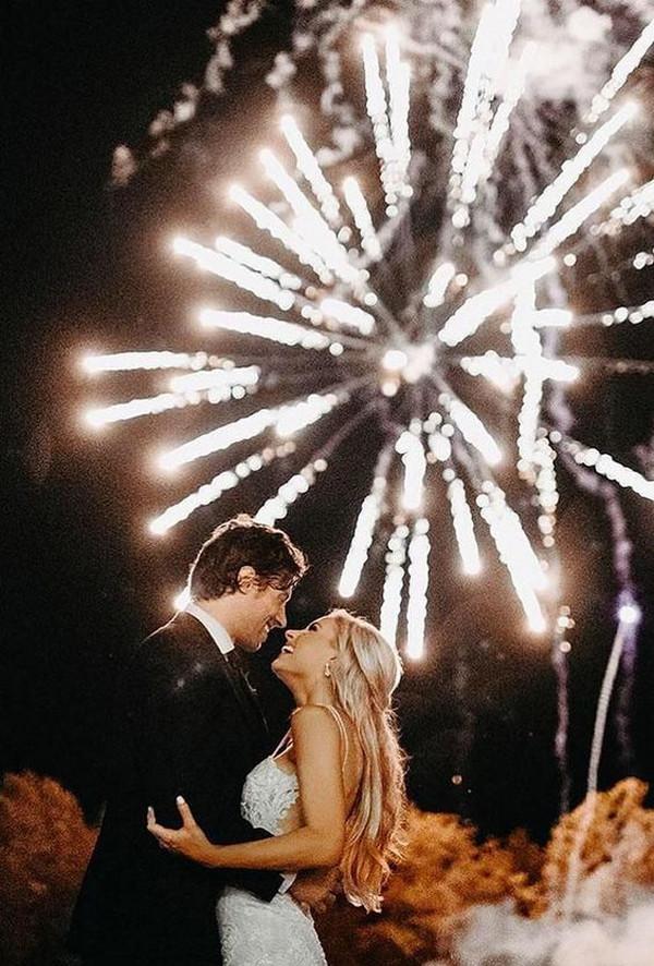 romantic night wedding photo ideas