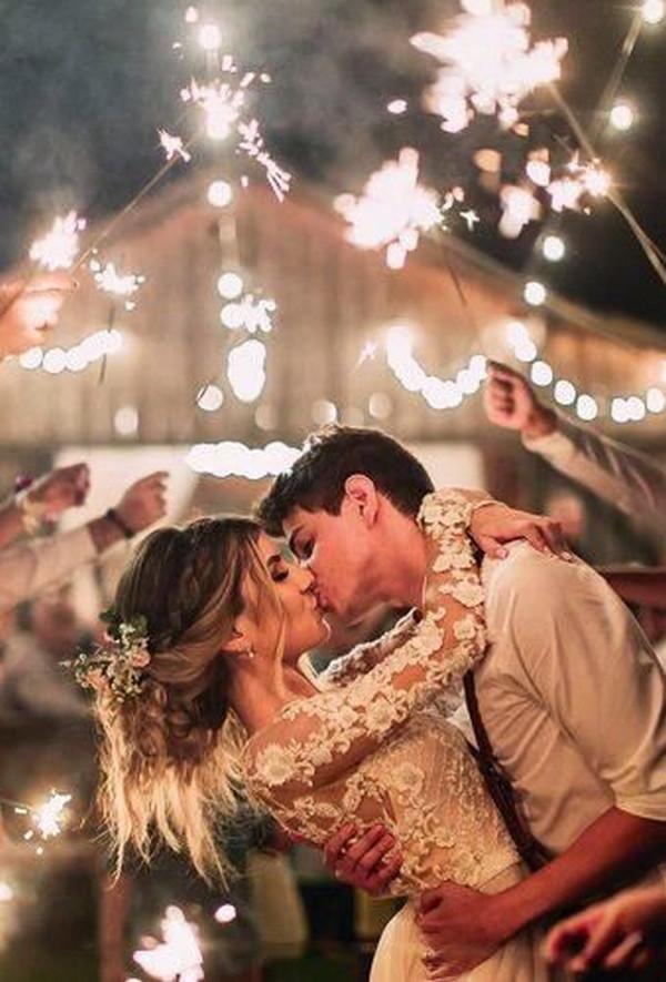 romantic wedding photo ideas at night
