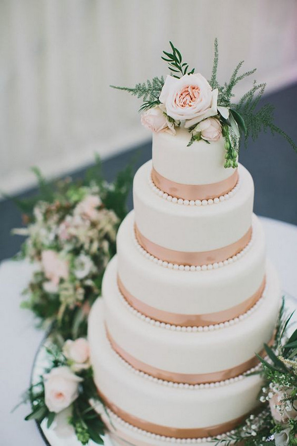 rose gold and greenery wedding cake