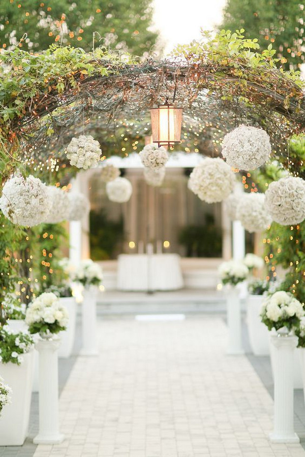 secret garden themed wedding ceremony decoration ideas
