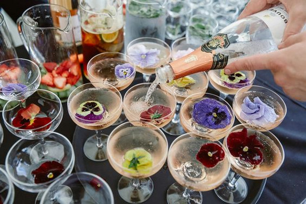 secret garden wedding drink ideas