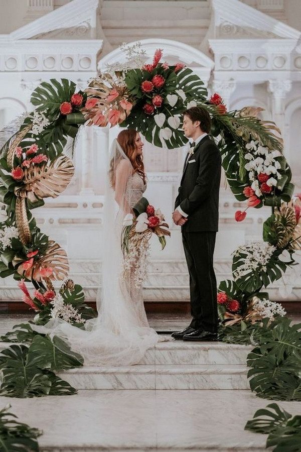 tropical wedding ceremony backdrop ideas