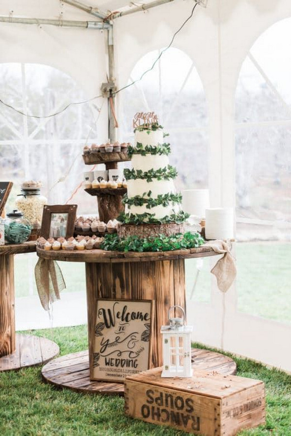 chic rustic outdoor wedding dessert station ideas