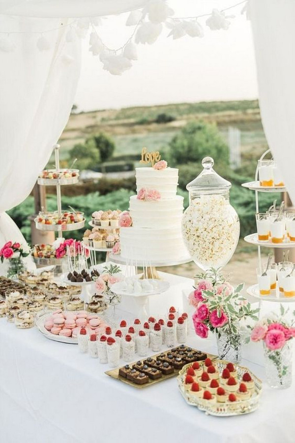 outdoor wedding dessert table ideas