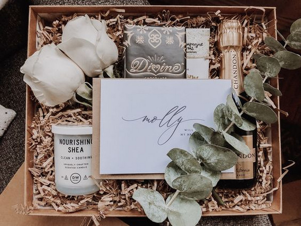 will you be my bridesmaid proposal gift box ideas