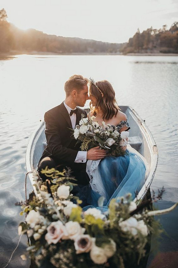 lakeside elopement wedding ideas for 2020