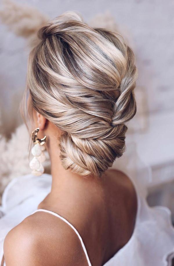 elegant updo wedding hairstyles for 2020 brides 19