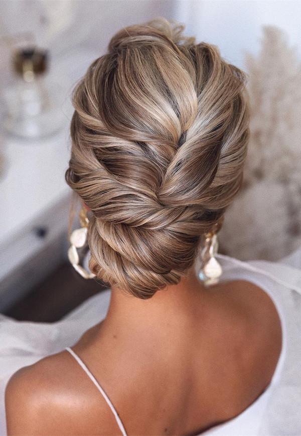 elegant updo wedding hairstyles for 2020 brides 20