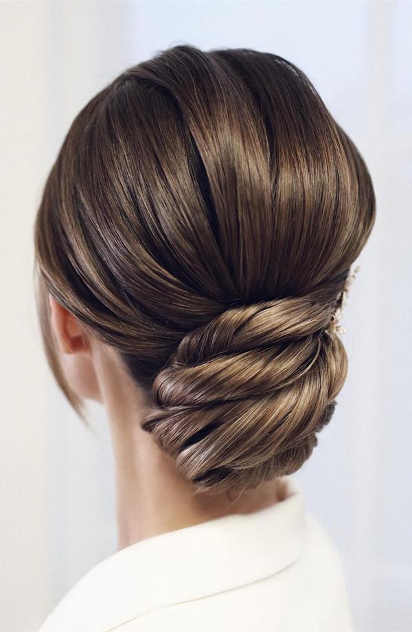 elegant updo wedding hairstyles for 2020 brides 27