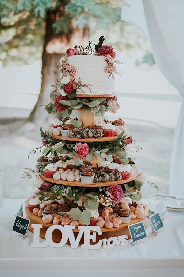 creative fall wedding cake ideas
