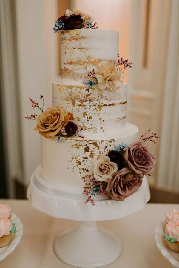 dusty rose and blue fall wedding cake