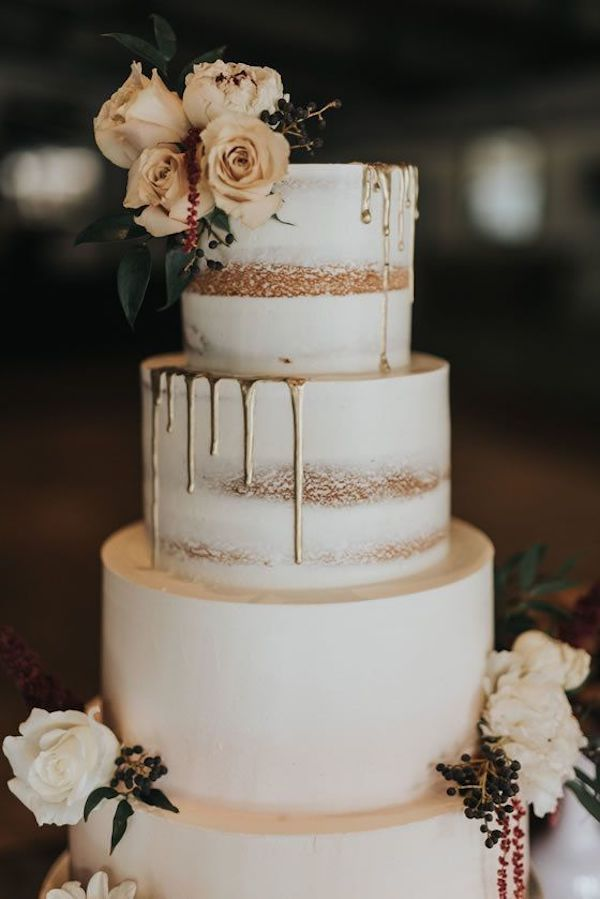 simple fall wedding cake ideas with floral