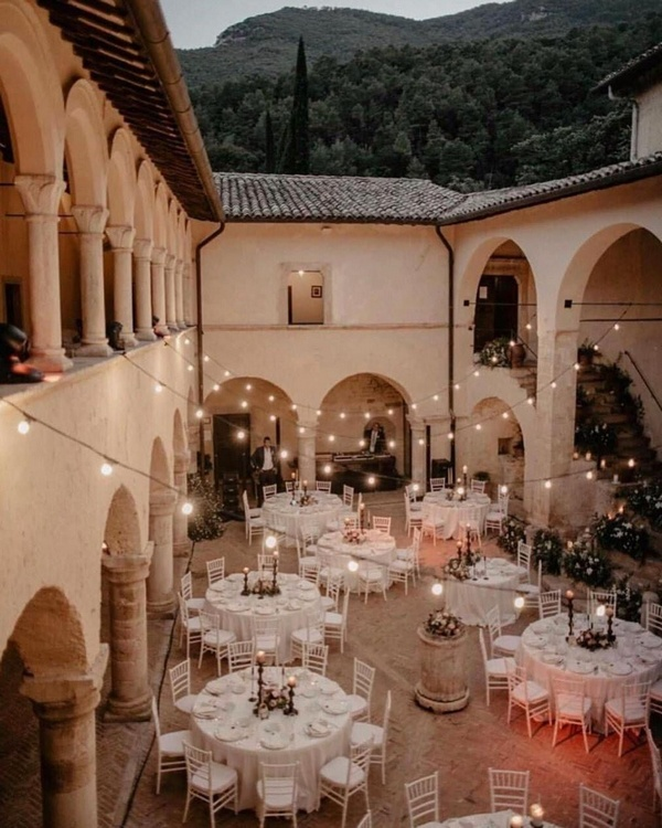 gorgeous wedding venue setting decoration ideas with lights 1