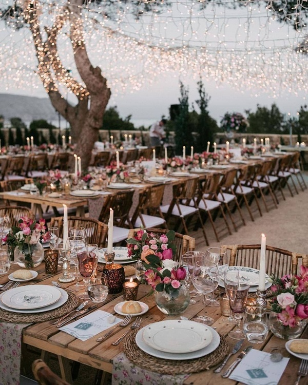 gorgeous wedding venue setting decoration ideas with lights 14