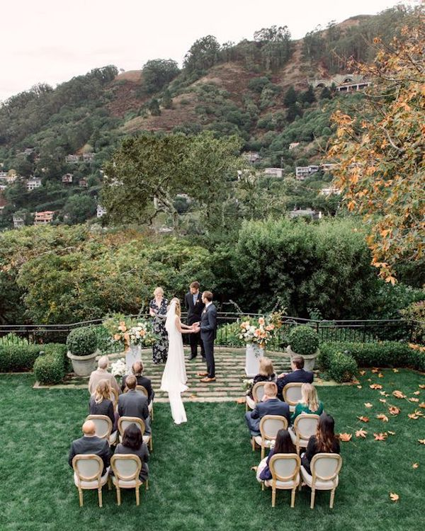 small wedding ceremony setting ideas