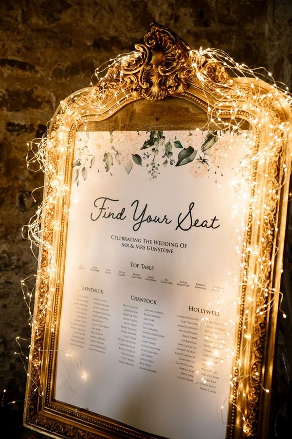 winter wedding seating chart ideas with lights