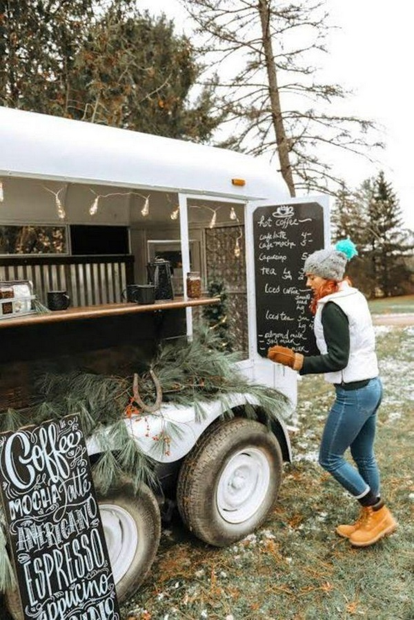 winter wedding ideas with mobile bar