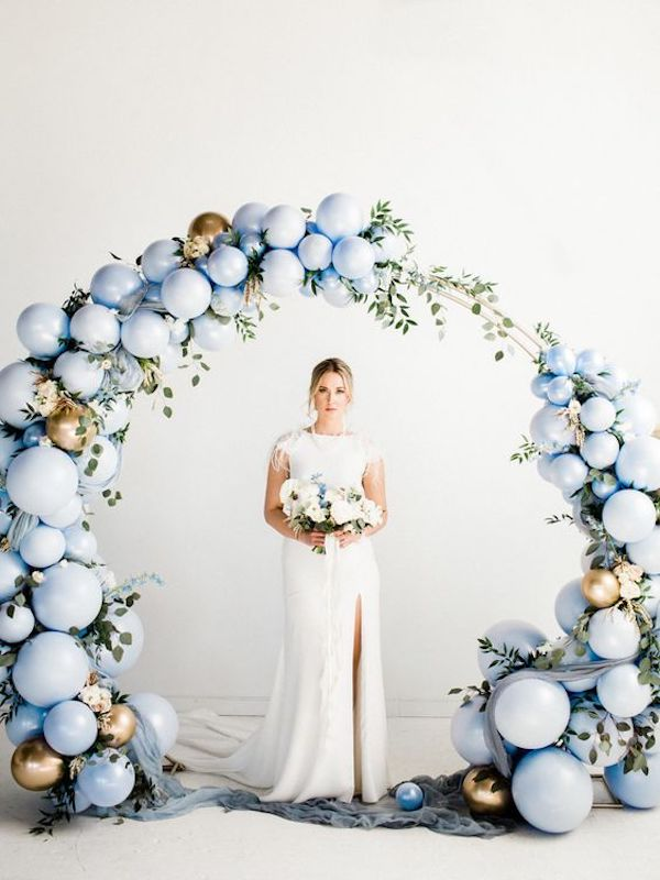 light blue and gold balloon wedding arch decoration ideas