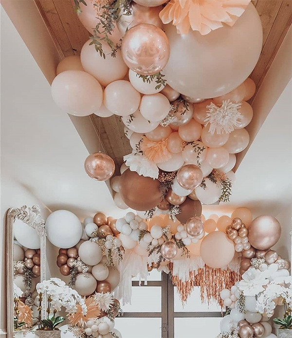 shades of pink wedding balloon ideas